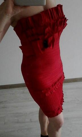 Červené šaty vel. 40, 40