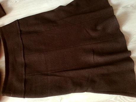 Kostým hnedý vel. 44 zn. Lima collection , 44