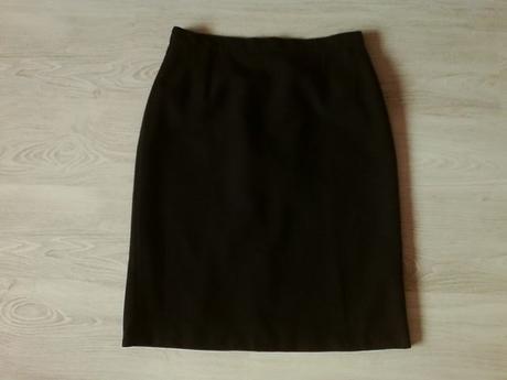 Kvalitná čierna sukňa vel. 46, 46