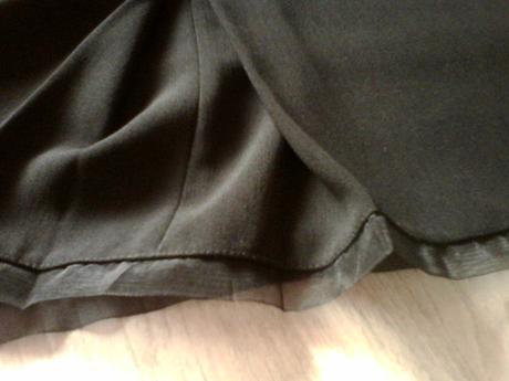 Kvalitná čierna sukňa vel. 48, 48