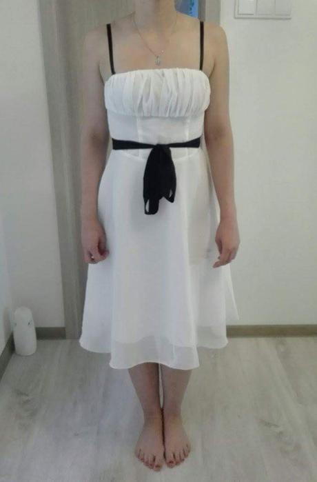 Smotanové šaty veľ. cca S - riaďte sa mierami , S