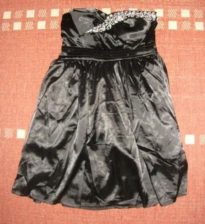 Spoločenské šaty čierne vel. M/L, 40