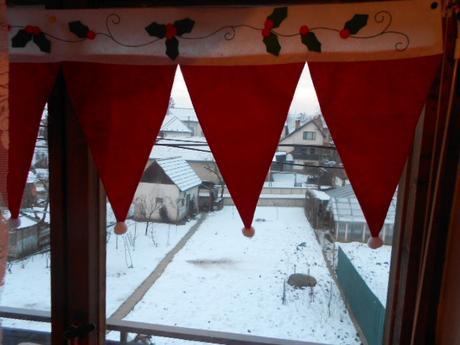 záclonka na okno ,