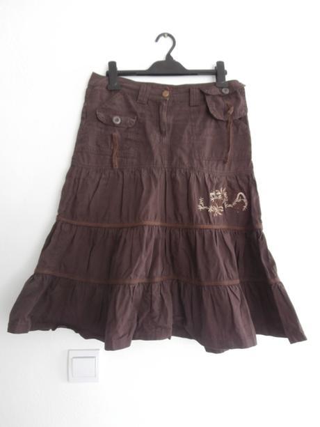 Hnedá hrubšia sukňa, L