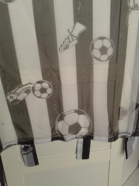 záclona-záves,