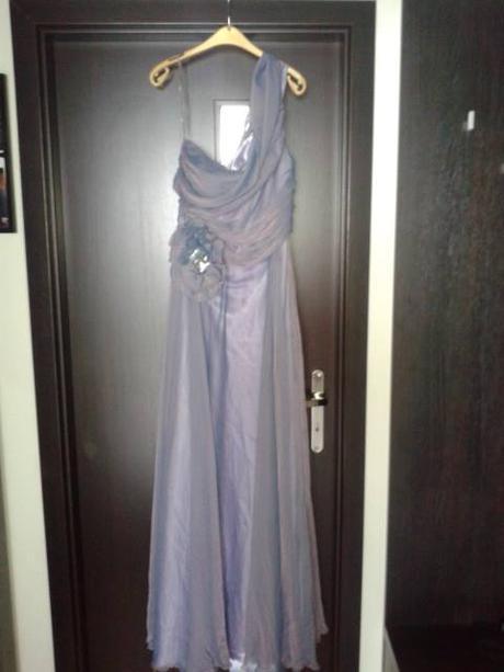 Spoločenské šaty na jedno rameno, 38