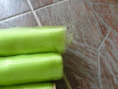 jasně zelená organza,