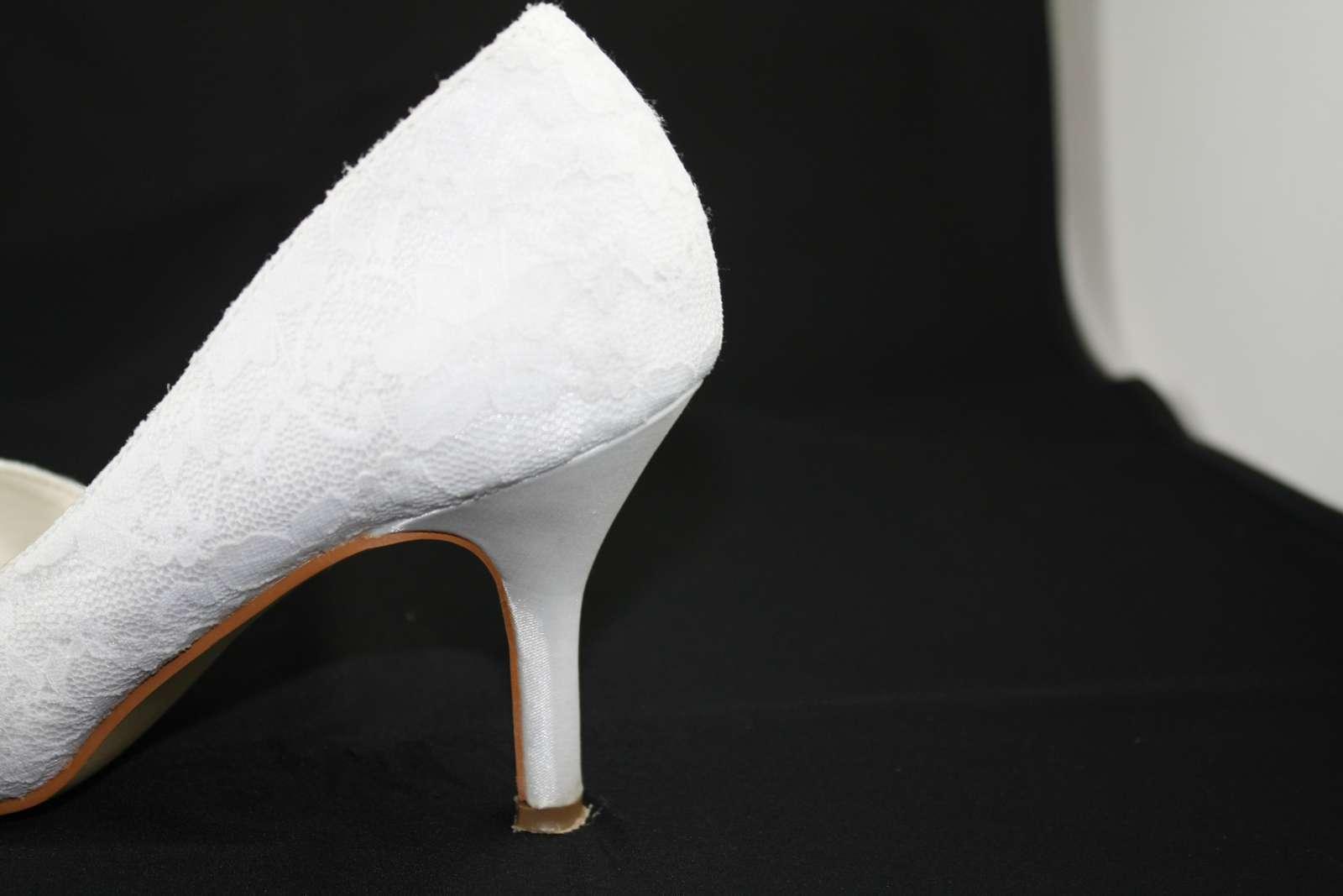 Kvalitní svatební obuv b0e5dbda7a