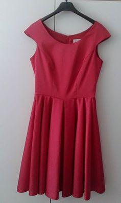 Červené šaty, vhodné na redovy, 38