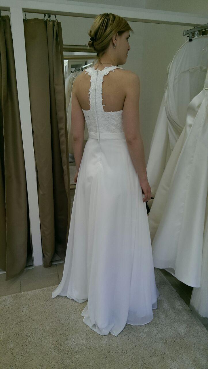 2faa97da6f6 Originální svatební šaty
