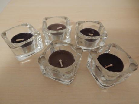 Skleněné čtvercové svícny (26 ks),