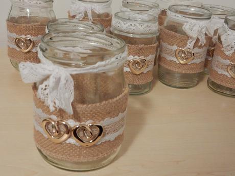 Vázičky/lucerny zdobené jutou,