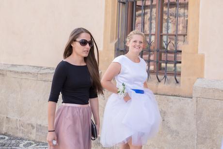 Krátké svatební šaty s tylovou sukní - , 38