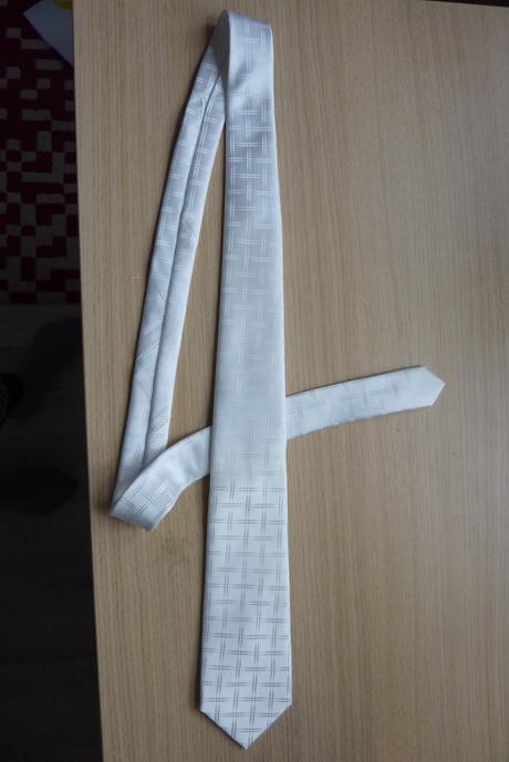 Kravata - leskla so vzorom,