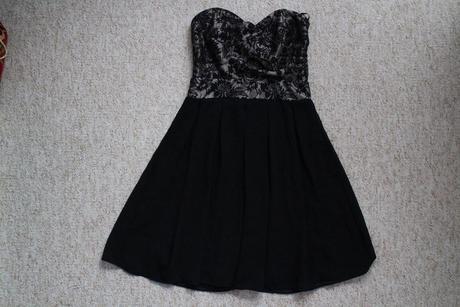 Nenosené koktailové šaty - TFNC, 36