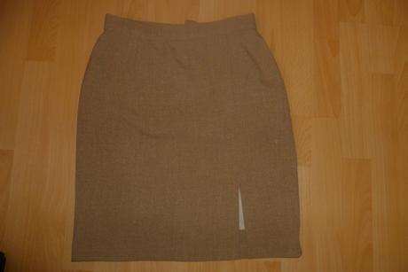 3 kombinácia kostým - sako, nohavice, sukňa, 38