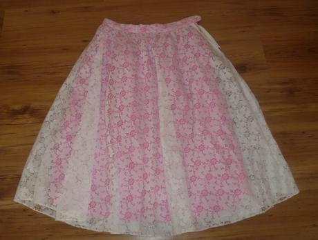 čipkovaná sukňa, L