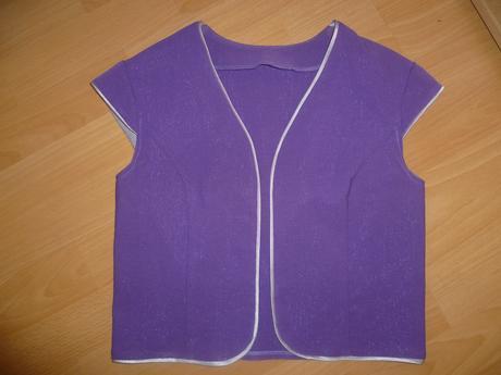 puzdrové šaty s bolerkom, 38