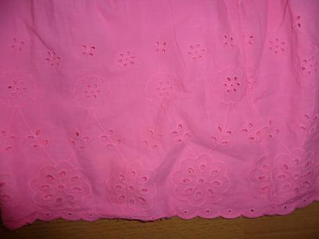 ružové šaty, 116