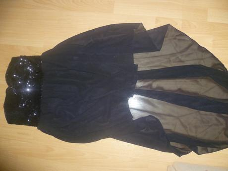 šaty-vpredu krátke,vzadu dlhé, S
