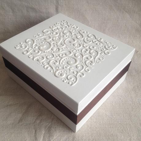 Drevená krabica,