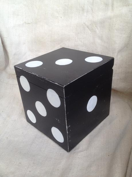 "Krabica ""kocka"","