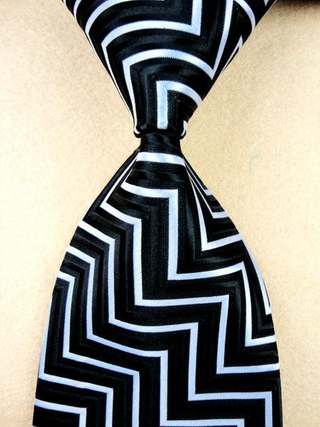Černobílá kravata,
