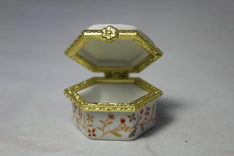 Krabička na prstýnky - skladem,