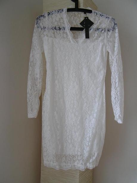 Krajkové šaty - skladem, 38