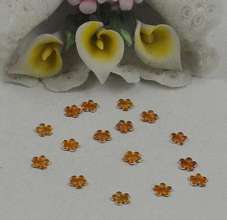 Oranžové kytičky - skladem,