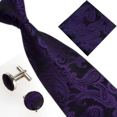 Sada s kravatou,