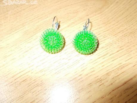 zelené náušnice - drátky,