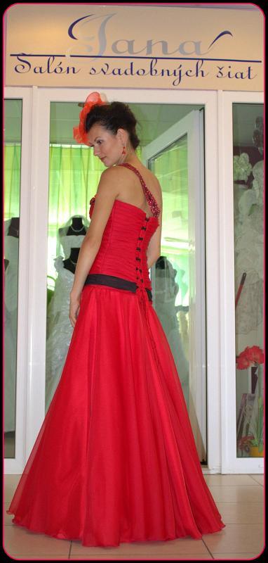 Spoločenske šaty veľ.38-40, 40