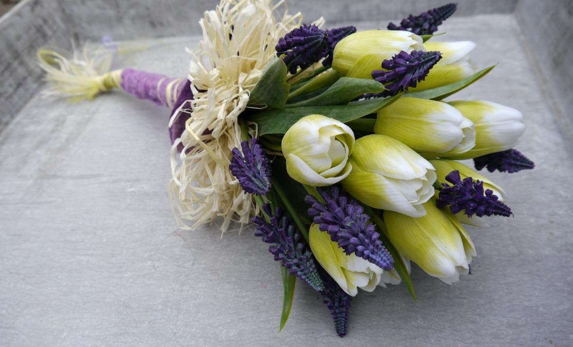 Tulipany A Modrence 789 Kc Svatebni Shopy Beremese Cz