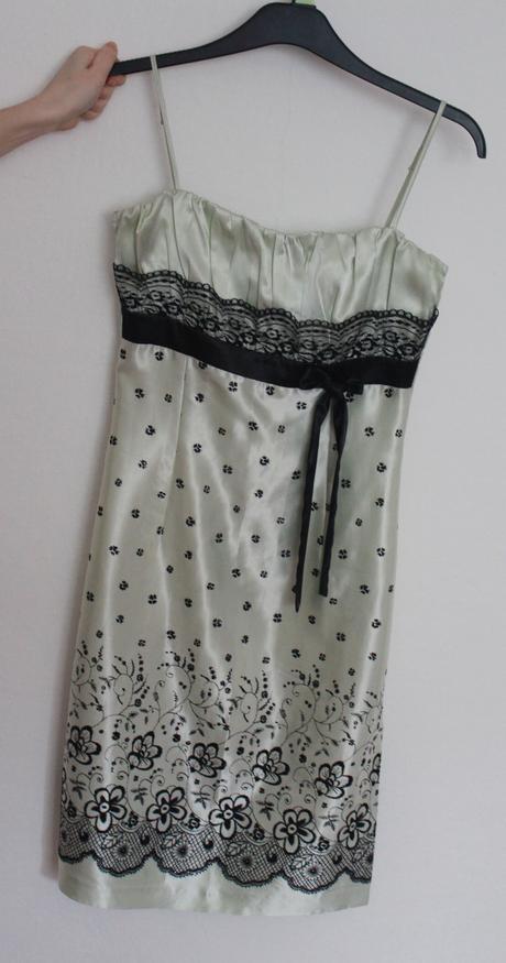 Velmi jemně zelené šaty (velikost 36-38), 36