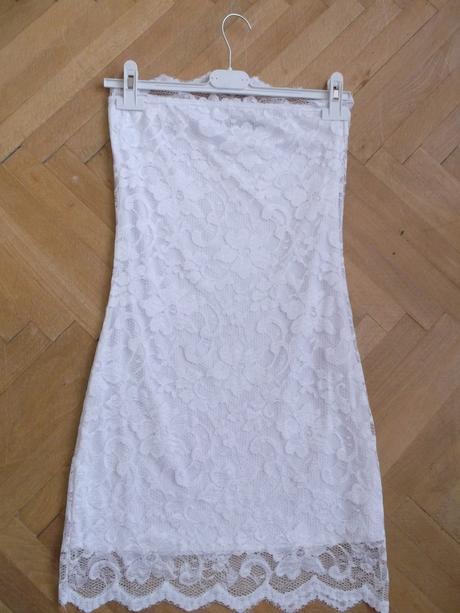 Biele šaty, 36