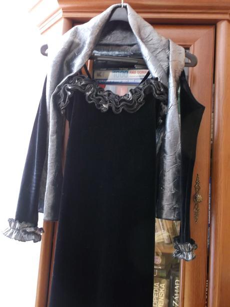 Dámske šaty + rukavičky + štóla, 38