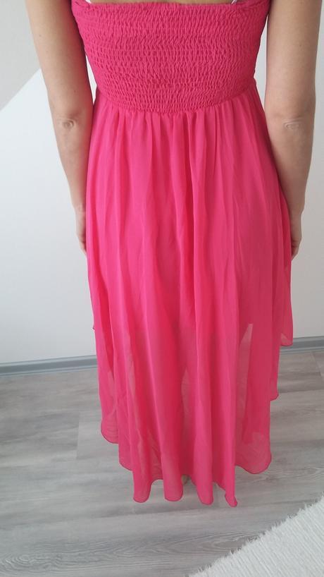 Cyklámenovo-ružové šaty, 38