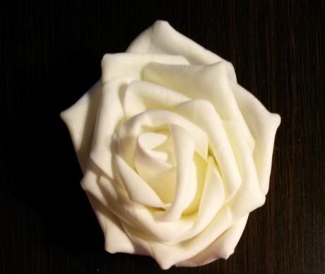 Pěnové růže velké,