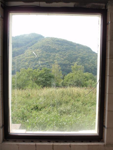 Plastové okno Gealan trojsklo tm. hnědá 1480x1940,