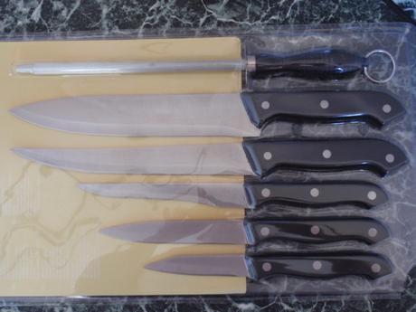 Sada-Souprava Nožů-Nože-Nůž-Brousek-Prkénko 7ks,