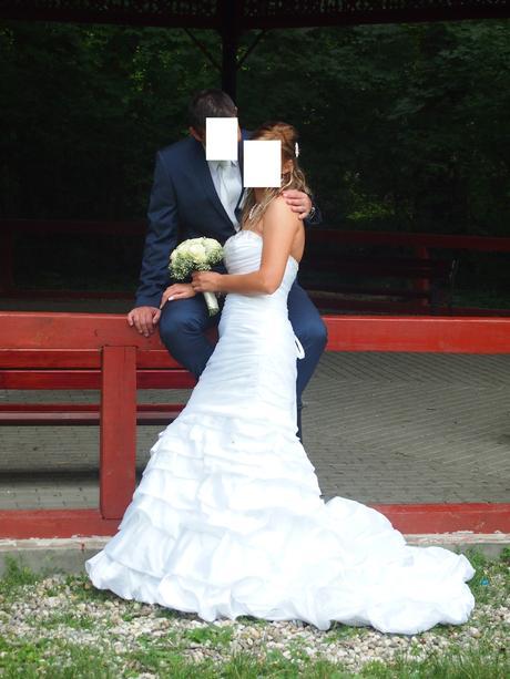 svadobne saty, 36