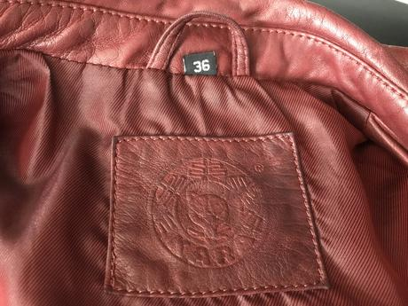 Kožený kabát , 36