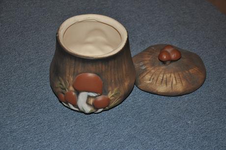 Dóza na houby,