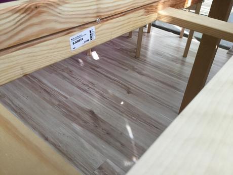 Rozkladaci stol Bjursta,
