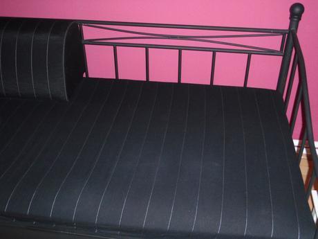 Postel-gauč+matrac+operadlo,