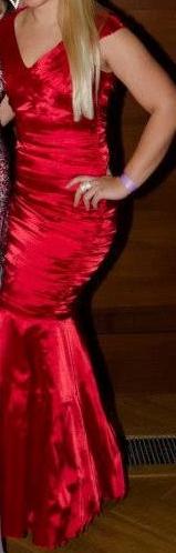 šaty strihu morská panna, 38