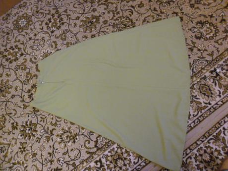 Zelená sukňa - nelesklá, 38