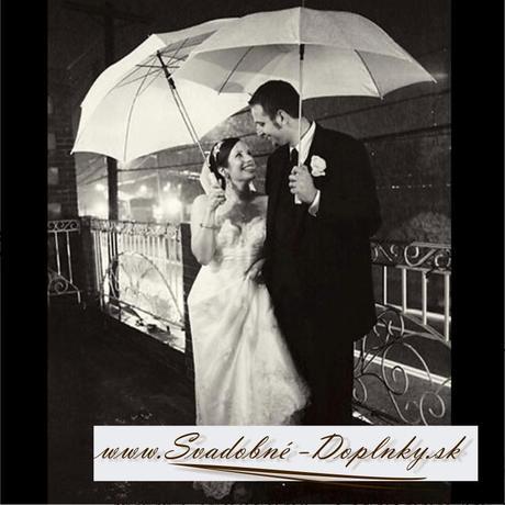 Biely svadobný dáždnik,