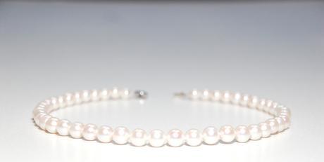 Náhrdelník z pravých perál ,